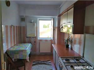 Apartament decomandat, cu centrala cu gaz, zona Delfinariu - imagine 3