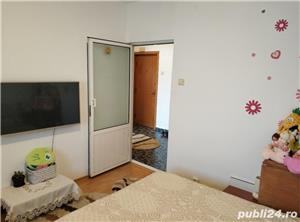 Apartament decomandat, cu centrala cu gaz, zona Delfinariu - imagine 7