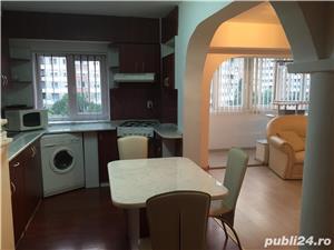 Dau in chirie apartament 3 camere B-dul Dacia Oradea - imagine 1