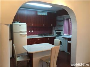 Dau in chirie apartament 3 camere B-dul Dacia Oradea - imagine 2