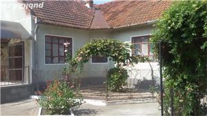 Vand casa cu teren intravilan  - imagine 4