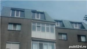 Vând apartament 3 camere cu mansardă  - imagine 1