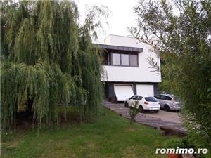 Casa cu arhitectura deosebita si cu o panorama superba  - imagine 1