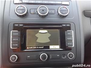 VW Touran 1.6 TDI 105 CP An 2015. - imagine 8