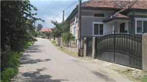 Vând casă în Valea Nandrului - imagine 1