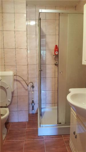 Proprietar vand apartament 2 camere Lipovei - imagine 4