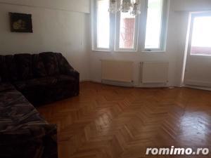 Apartament 2 camere, decomandat, ultracentral - imagine 1