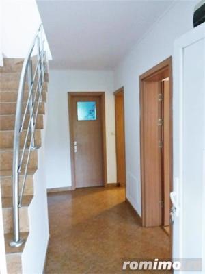 Casa 3 camere, in zona Piata Cetate - imagine 2