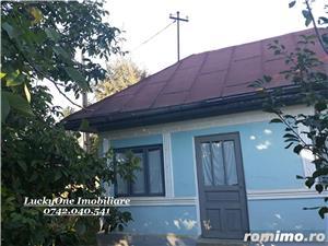 Casa batraneasca cu 5000 mp teren-Pastraveni Neamt - imagine 4