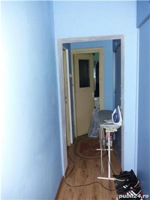 Vand apartament etaj 2 cu 4 camere decomandat - imagine 2