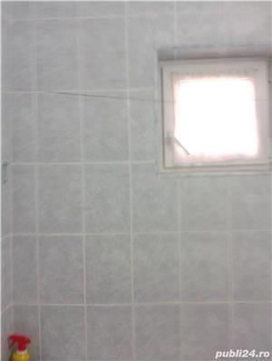 Vand apartament 3 camere decomandat zona favorabila  - imagine 2