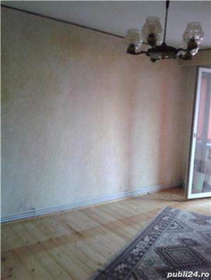 Vand apartament 3 camere decomandat zona favorabila  - imagine 6