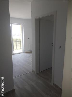 Apartament 3 camere (decomandat ) -73mp zona rezidentiala bloc nou - imagine 3