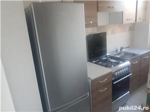 Vand apartament 2 camere . - imagine 3