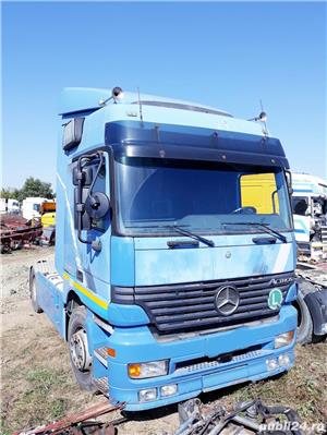 Dezmembrez Mercedes-Benz Actros 954.03 - imagine 1