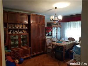 Vand apartament 3 camere CUGIR - imagine 1