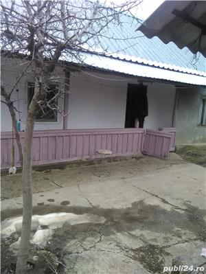 Casa de vanzare la tara  - imagine 5