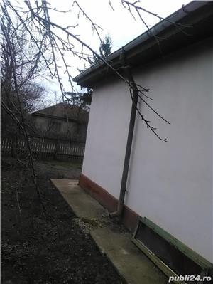 Casa de vanzare la tara  - imagine 3