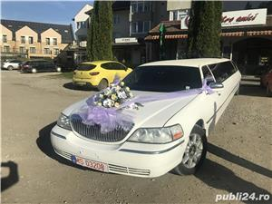 Lincoln town car - imagine 11