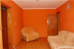 Comision 0 % cumparatori !  km 4-5 Apartament 3 camere etaj 3 - imagine 2