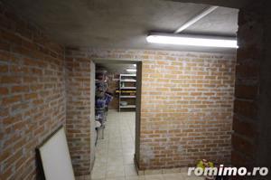 Vilă exclusivista cu 8 camere de vânzare intr-o oaza de liniste - imagine 8