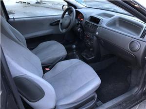 Fiat Punto 1.2 benzina an 2004 - imagine 9