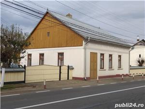 Casa deosebita in centrul comunei Arbore - imagine 6