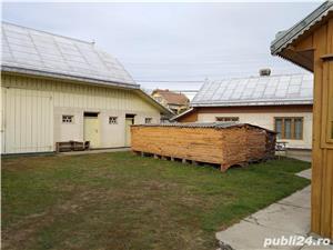 Casa deosebita in centrul comunei Arbore - imagine 5