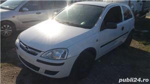 Opel Corsa C 1,3 CDTI - DEZMEMBRARE - imagine 1