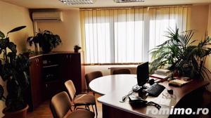 Cladire de birouri, pretabila ca pensiune, zona Cetatii Alba Carolina - imagine 8