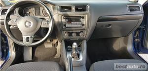 VW JETTA. 2012.DISEL-Cutie AUTOMATA DSG II-Dotari TOP. Impecabila.Limousine culoare Blue Electric - imagine 4