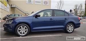 VW JETTA. 2012.DISEL-Cutie AUTOMATA DSG II-Dotari TOP. Impecabila.Limousine culoare Blue Electric - imagine 3