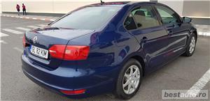 VW JETTA. 2012.DISEL-Cutie AUTOMATA DSG II-Dotari TOP. Impecabila.Limousine culoare Blue Electric - imagine 1