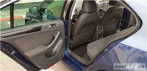 VW JETTA. 2012.DISEL-Cutie AUTOMATA DSG II-Dotari TOP. Impecabila.Limousine culoare Blue Electric - imagine 5
