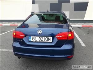 VW JETTA. 2012.DISEL-Cutie AUTOMATA DSG II-Dotari TOP. Impecabila.Limousine culoare Blue Electric - imagine 12