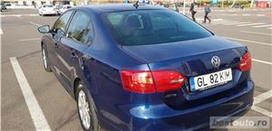 VW JETTA. 2012.DISEL-Cutie AUTOMATA DSG II-Dotari TOP. Impecabila.Limousine culoare Blue Electric - imagine 11