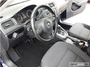 VW JETTA. 2012.DISEL-Cutie AUTOMATA DSG II-Dotari TOP. Impecabila.Limousine culoare Blue Electric - imagine 14