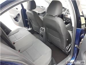 VW JETTA. 2012.DISEL-Cutie AUTOMATA DSG II-Dotari TOP. Impecabila.Limousine culoare Blue Electric - imagine 13