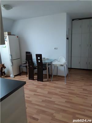 PROPRIETAR de vanzare apartament cu 2 camere decomandat zona modern - imagine 2