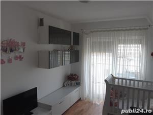 PROPRIETAR de vanzare apartament cu 2 camere decomandat zona modern - imagine 9