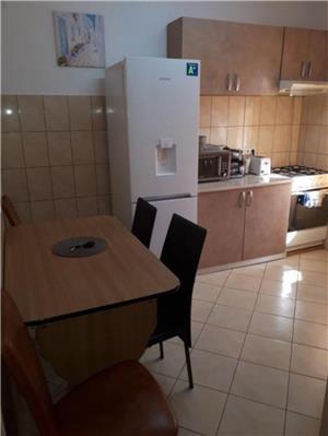 Apartamente 1 s au 2 camere ORADEA REGIM HOTELIER  - imagine 3