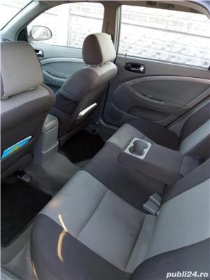 Chevrolet nubira - imagine 5