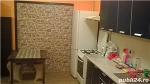 Vand apartament 2 camere Floresti - imagine 3