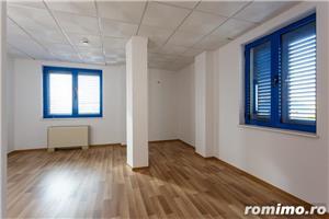 De vanzare cladire pretabila pentru birouri sau pensiune-hotel, situata aprox. la 10 km de Timisoara - imagine 6