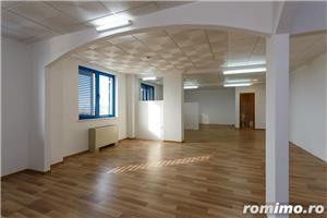 De vanzare cladire pretabila pentru birouri sau pensiune-hotel, situata aprox. la 10 km de Timisoara - imagine 1