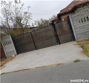 Vând casa batraneasca și casa in constructii  - imagine 1