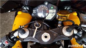 Yamaha R1 - imagine 4