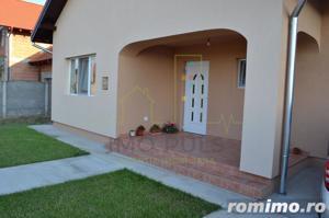 Casa individuala, atmosfera calda si primitoare. - imagine 1