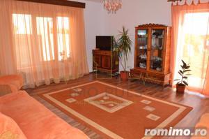 Casa individuala, atmosfera calda si primitoare. - imagine 6