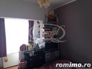 Apartament cu 4 camere, decomandat, zona Profi - imagine 5
